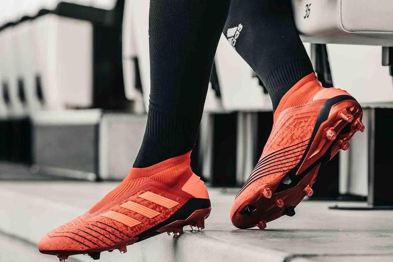 Các chuyên gia chia sẻ cách thức chọn giày đá bóng theo vị trí