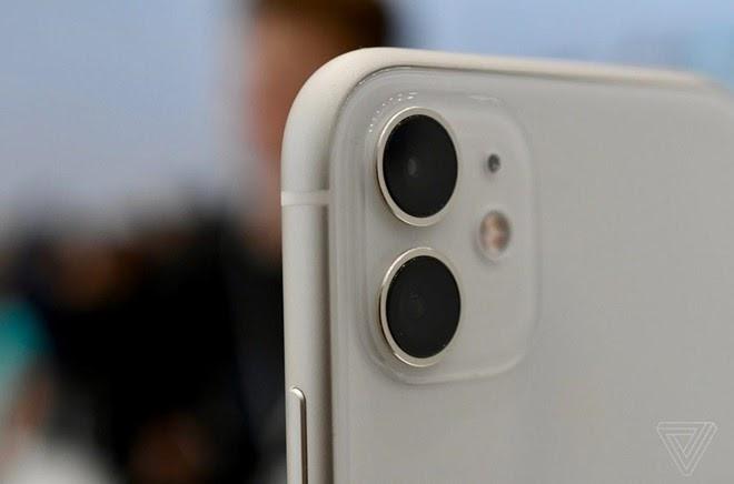 Cụm camera kép của Iphone 11